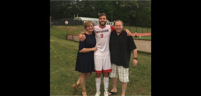 Matt Reinikka '18 with parents